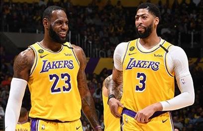 Lakers conta com a dupla de All Star